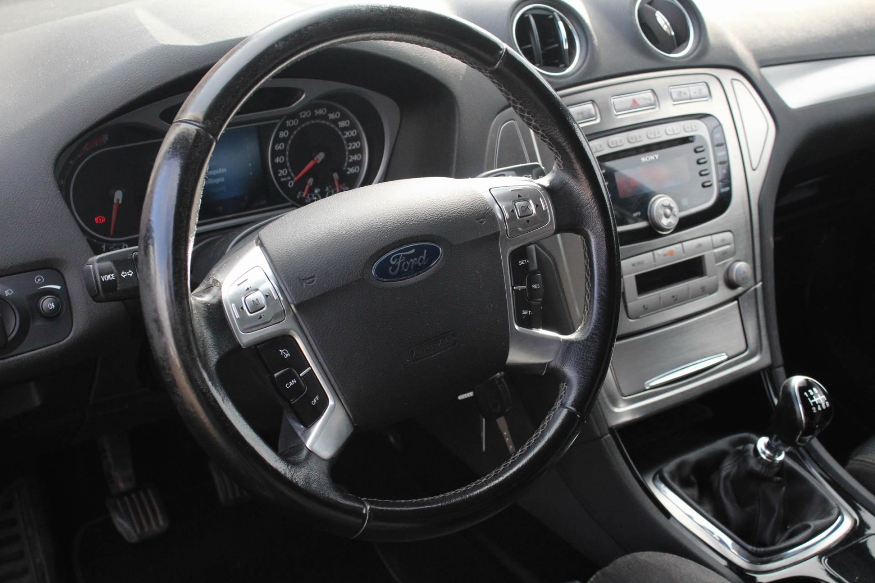 Ford-Mondeo-7
