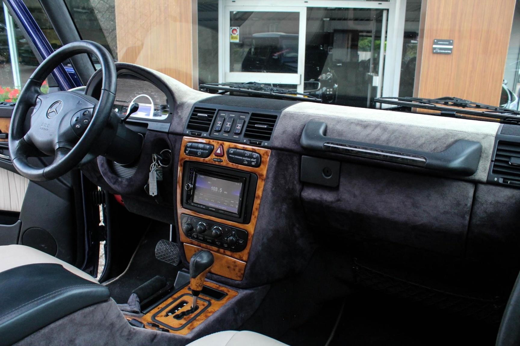 Mercedes-Benz-G-Klasse-12
